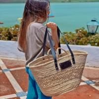 JULIETTA 🤎  Disponible en: www.dancrisbags.com   . . . . . . .  #artesania #capazospersonalizados #verano #love #capazos #bolsos #moda #bag #fashion #leather #cestas #happy #design #bag #piel #bolsospiel #españa #andalucia #cadiz #ubrique #style #branding #cuir #beautiful #photooftheday #zara #madeinspain #madeinubrique #dancris #dancrisbags