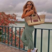 ABRIL 🍇   Disponible en: www.dancrisbags.com   . . . . . . .  #artesania #capazospersonalizados #verano #love #capazos #bolsos #moda #bag #fashion #leather #cestas #happy #design #bag #piel #bolsospiel #españa #andalucia #cadiz #ubrique #style #branding #cuir #beautiful #photooftheday #zara #madeinspain #madeinubrique #dancris #dancrisbags
