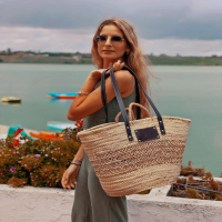 La belleza de Julietta 😍  Disponible en la web: www.dancrisbags.com   . . . . . . .  #artesania #capazospersonalizados #verano #love #capazos #bolsos #moda #bag #fashion #leather #cestas #happy #design #piel #bolsospiel #españa #andalucia #cadiz #ubrique #style #branding #cuir #beautiful #photooftheday #zara #madeinspain #madeinubrique #dancris